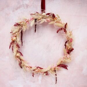 Leto Pink Dried Flower Wreath
