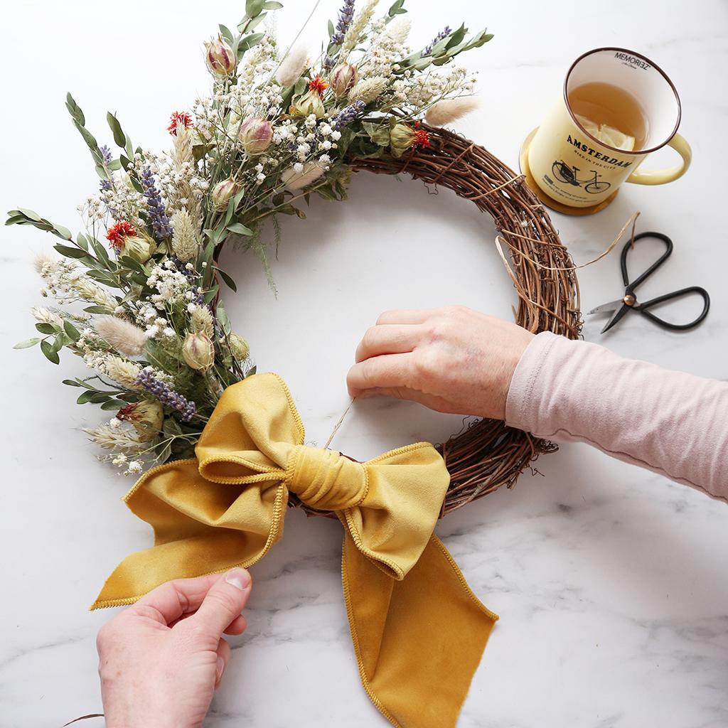 DIY Summer Dried Flower Wreath Kit