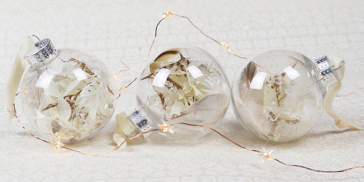 Dried Flower Christmas Decorations, Baubles, Door Wreath, Floral Christmas Decorations, Christmas wreath, Christmas Tree Decorations